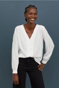 Nuevas blusas llegan al catálogo de H&M