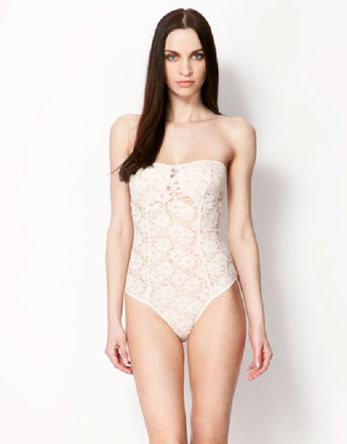Prenda sexy para mujer: el body. Colección de Bershka