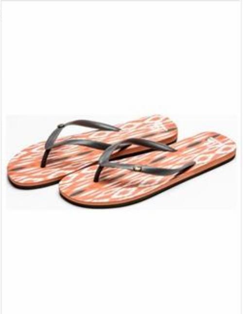 Consigue tu perfecto calzado de verano en Quicksilver