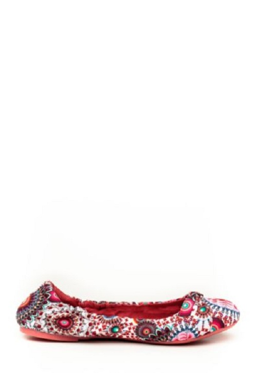 Zapatos rebajados en Desigual