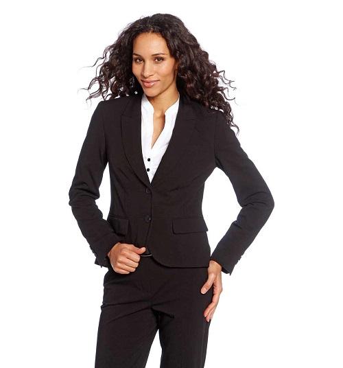 ¿Quieres conseguir un estilo ejecutivo? Apuesta por la firma C&A