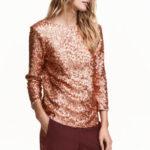 Los tops de H&M más novedosos para vestir en Navidad