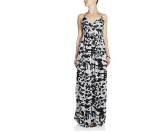 Encuentra el vestido largo que necesitas en Only