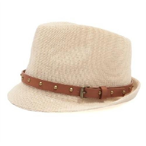 Personaliza tu vestuario con las gorras y sombreros de Pimkie