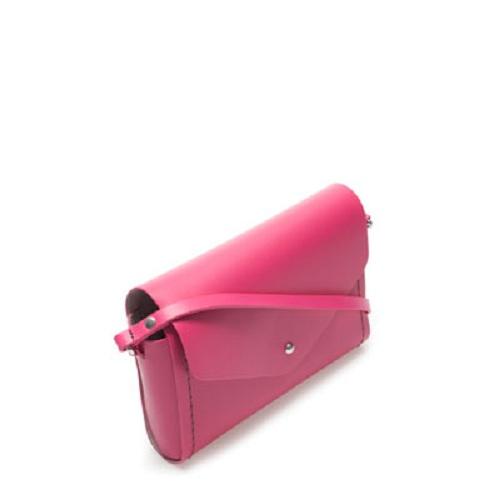 ¿Buscas un bolso? Encuéntralo en la sección TRF de Zara